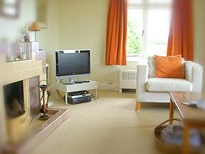 the living room at Headlands holiday cottage South Devon
