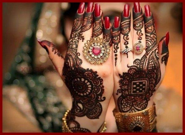 Elegant Design of Rajasthani Mehndi