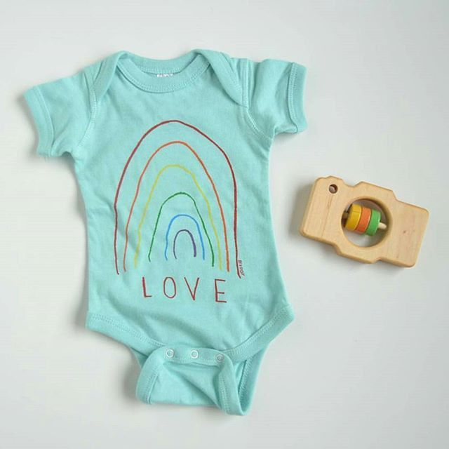 In love with these new onesies (and shirts!) By @mamacaseprints, have you checked them out yet?