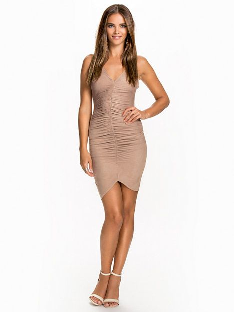 Lace Up Suede Dress - Nly One - Beige - Festklänningar - Kläder - Kvinna - Nelly.com