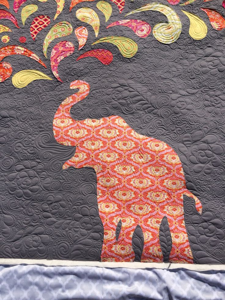 Paisley Splash Elephant Applique Quilt