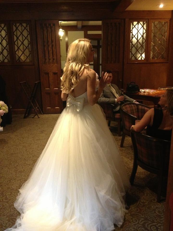 OMG a wedding dress with a BOW!
