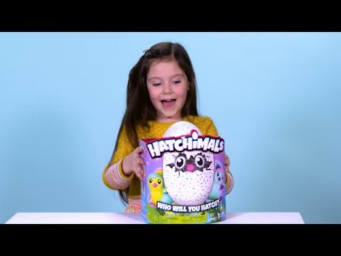 'Out of the Box with Violet': Unboxing Hatchimals!