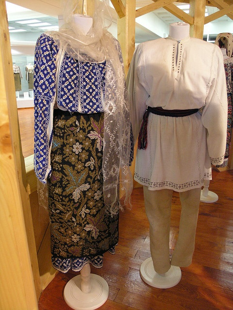 Early XX-th century, Traditional Romanian Folk Costume from Muntenia, Arges county, Romania.
