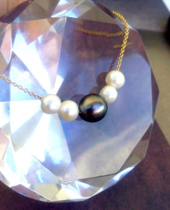 Collier perle de tahiti , perles d'eau douce , chaine plaqué or . Cerua Pearl. Tahiti perle 125.4