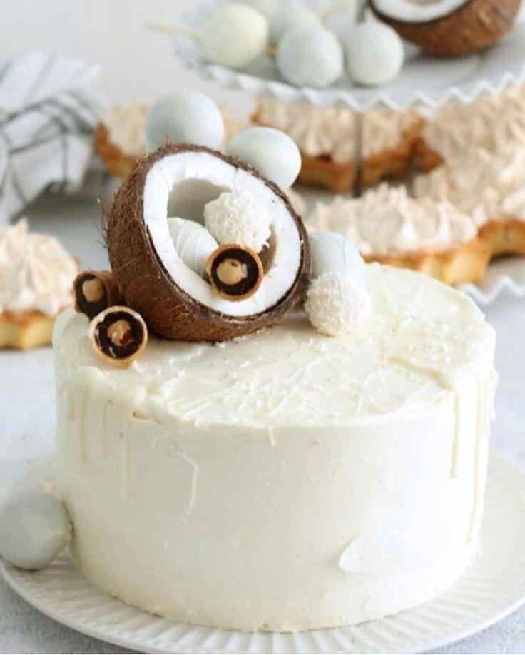украшение тортов кокосовой стружкой фото закатываются банках ягодами