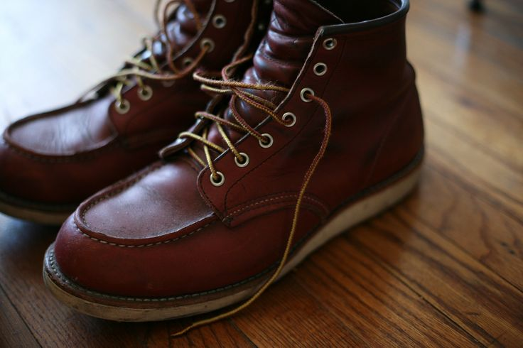 Red Wing Moc-toes