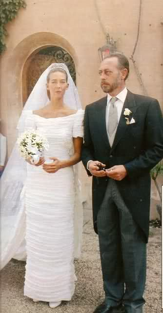 Bianca di Savoia Aosta arrives for her wedding accompanied by her father.
