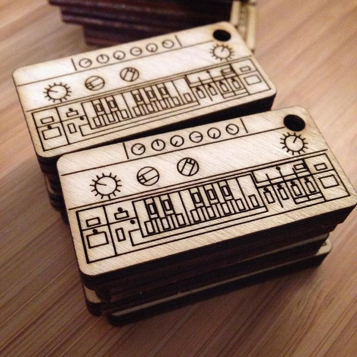 Some more giveaway goodies for the show     http://ift.tt/2zDz7rK    #cremacaffedesign #roland #tb303 #rolandtb303 #synth #synthesizer #wooden #keychain #musician #lifestyle #toronto #torontomusic #torontosoundfestival #musicianlife #electronicmusic #producerlife #design #digitalnomad #groove #groovemachine #acidmusic #techno #beats