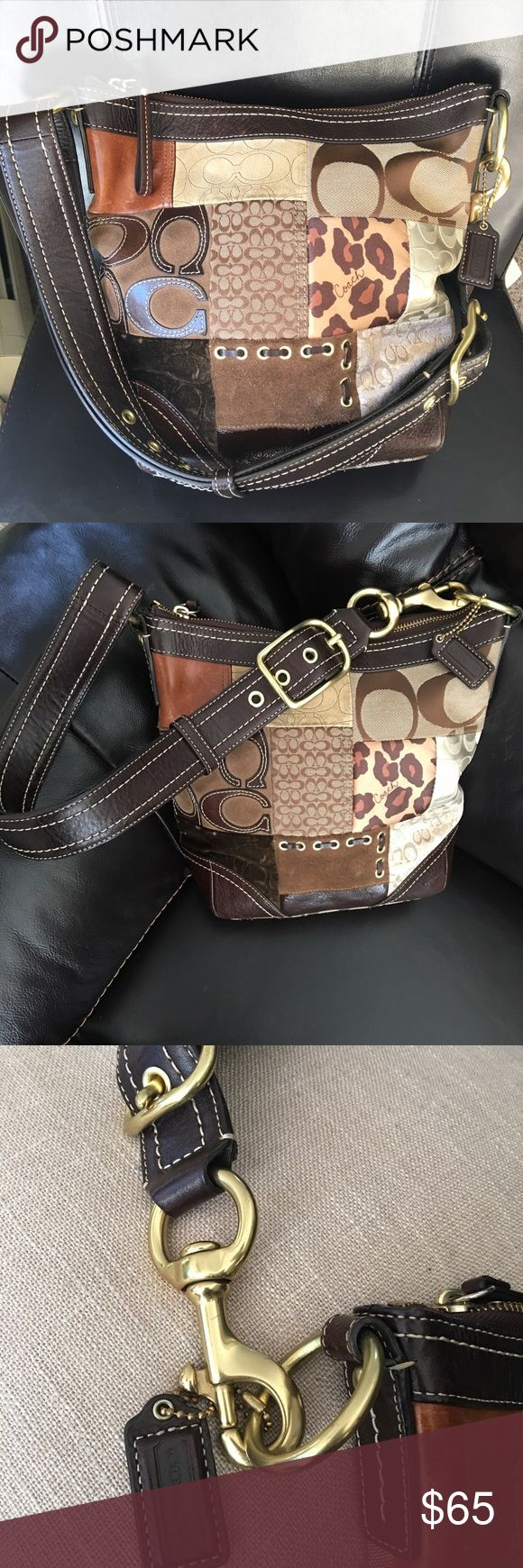 🌹Authentic COACH pocketbook Great purse in perfect condition with Gold hardware inside pocket with zipper.  Leather strap is perfect condition.  Feel free to ask questions.  Make me an offer I can't refuse.   Coach Bags Shoulder Bags