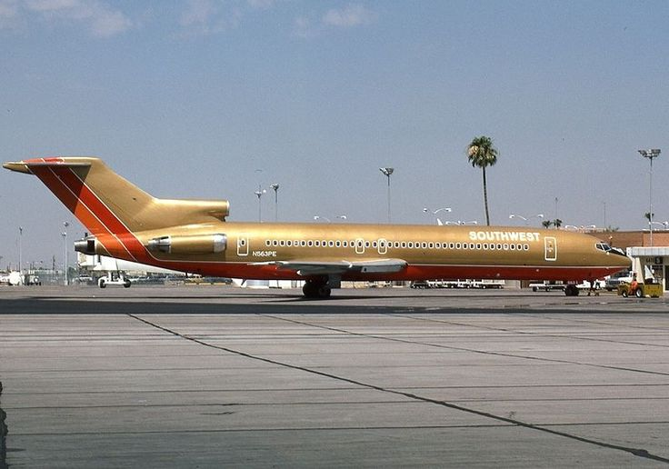 Southwest Airlines Boeing 727-200 at Phoenix Sky Harbor International Airport in 1984