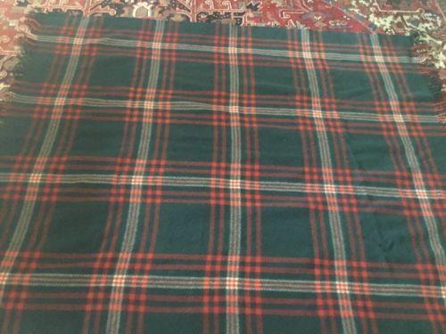 Vintage-Pendleton-Wool-Blanket-plaid-with-fringe