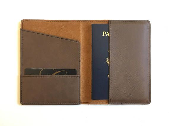 Leather Passport Case - Kiss by VIDA VIDA
