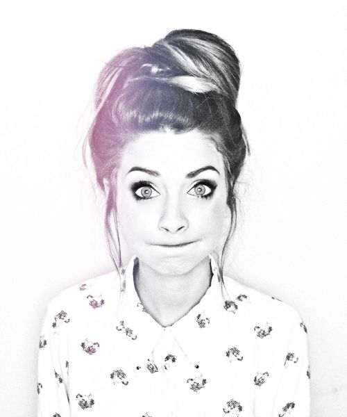 Hair and makeup! IT'S ZOELLA from youtube