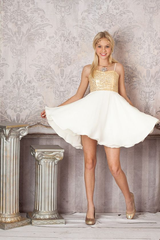 Un Deux Trois is a leading manufacturer and retailer of girls, tweens and junior contemporary fashion. We specialize in girls, tween and junior dresses for every occasion. Manufactured in the USA
