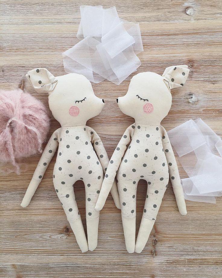 Sundays in the doll workshop. ✨. , , , , #olialemon #dollsewing #doll #jun …