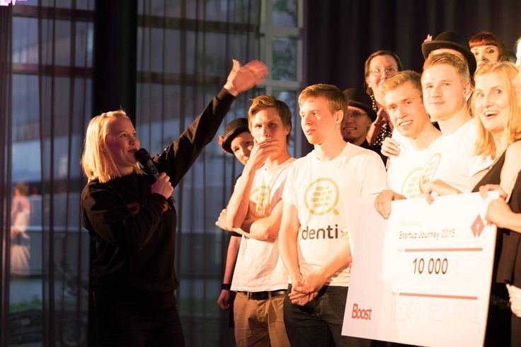 Erika praising all of the teams of Startup Journey 2015