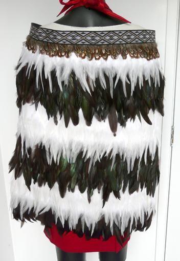 Maori Korowai Cape - Chocolate Paua and White