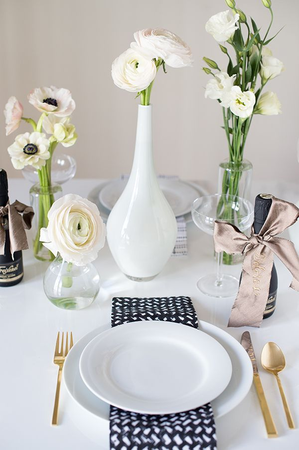 Modern Black And White Tablescape With Mini Bottles Of Bubbly As Place  Cards |