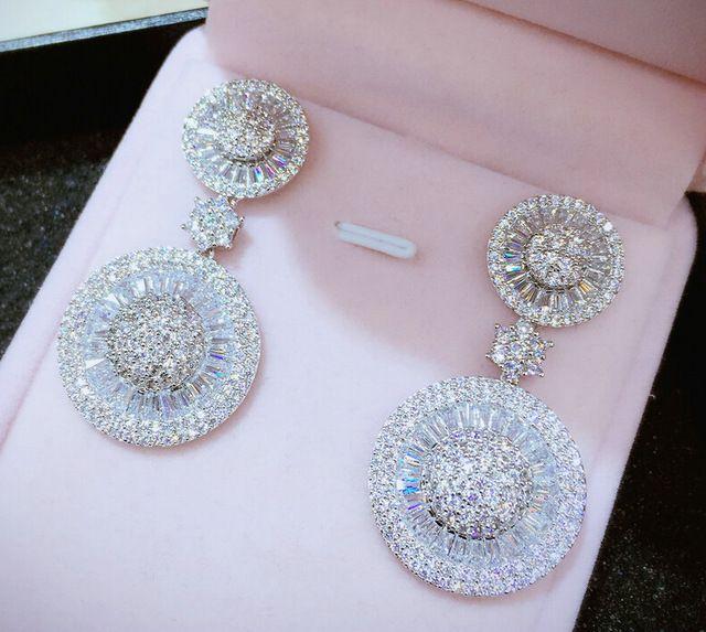 Новый Роскошный позолоченный Корень Циркон micro асфальтовая круглый пластины люкс свадебные мотаться серьги для женщин мода Корейских ювелирных изделий