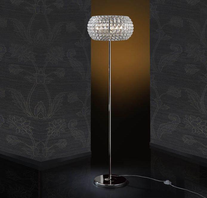 28 besten moderne stehlampen bilder auf pinterest moderne stehlampen ausfallen und torten. Black Bedroom Furniture Sets. Home Design Ideas