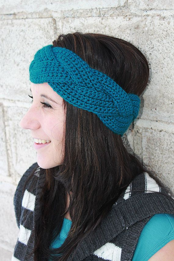 Braided Crochet Ear Warmer...need to figure out how to make this.
