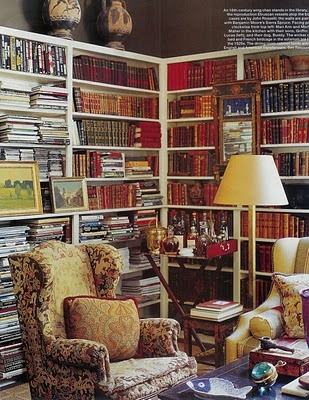 old fashioned and cozy: Dining Rooms, Candy Shops, Elle Decor, Cozy Corner, English Cottages, Corner Bookshelves, Reading Corner, Reading Nooks, Books Nooks
