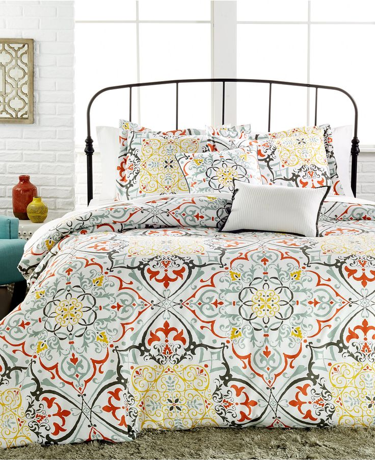 yasani 5 pc reversible full queen comforter set bedding college lifestyle macy 39 s global. Black Bedroom Furniture Sets. Home Design Ideas