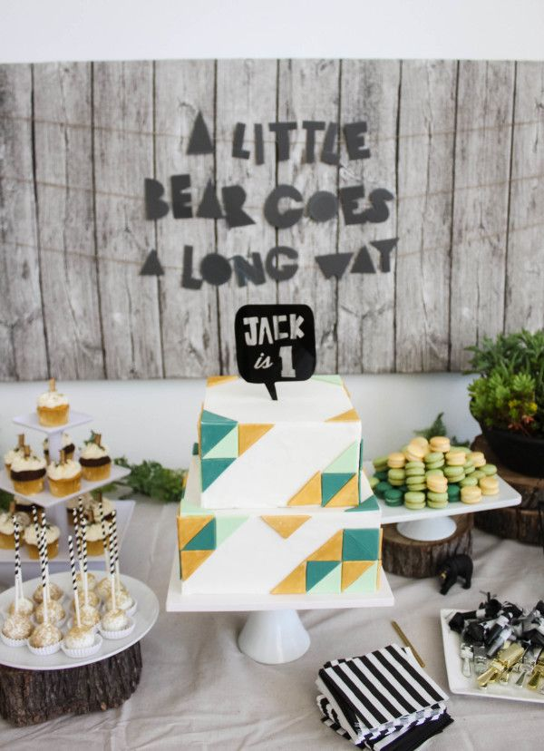 Geometric First Birthday – Style Me Pretty