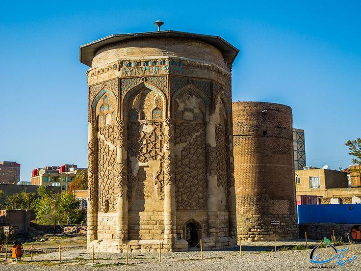 مقبراه مادر هلاکو خان و برج مدور مراغه - Iran - Maraqeh