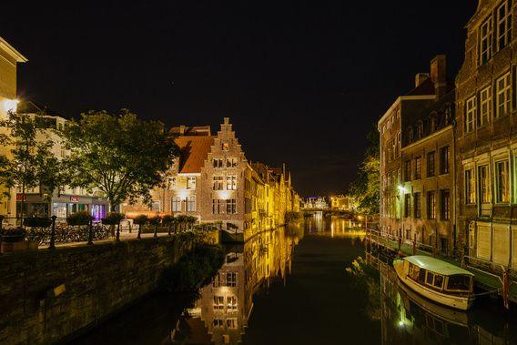 Nieuw in mijn Werk aan de Muur shop: Gent bij avond. De Leie met links het Grootkanon De Dulle Griet