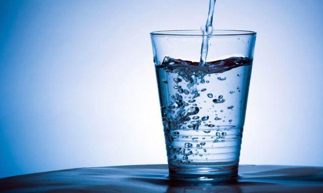 El negocio del agua embotellada es muy lucrativo a nivel mundial, superando los $90 billones de dólares a nivel mundial. Desechos www.puricr.com