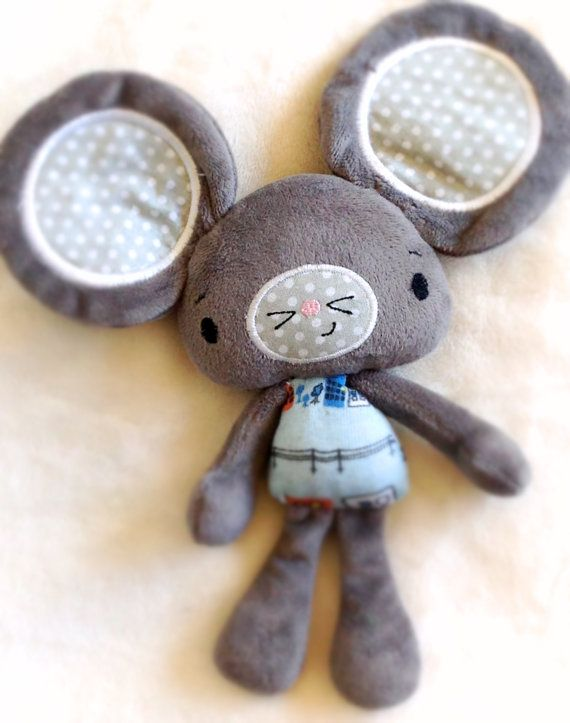 City Mouse Partial ITH Plushie Pattern by NimblePhish on Etsy