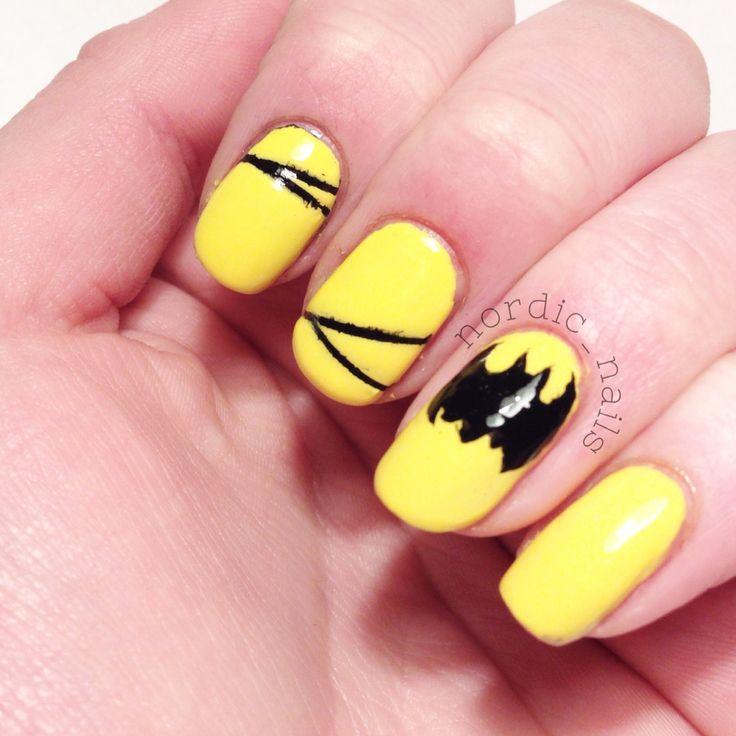 Simple Batman nailart