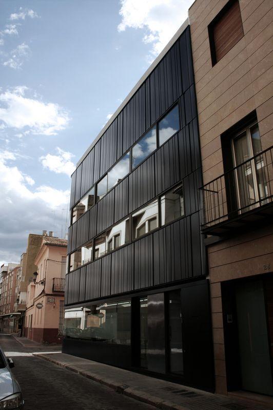 Fachada Ventilada Despacho Arquitectura Sud Sudest (Sueca) - Ingeniería y Construcción del Perfil S.A.