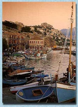 Lesvos : Sunset in the port of Molyvos ...