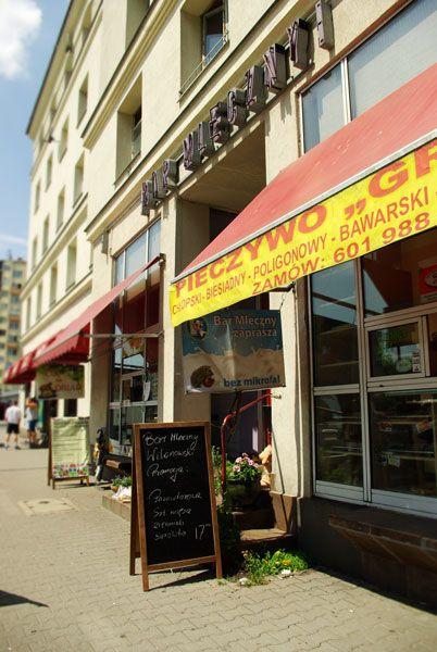 Bar Mleczny Wilanowski / Wilanowski Milk Bar. Entrance.
