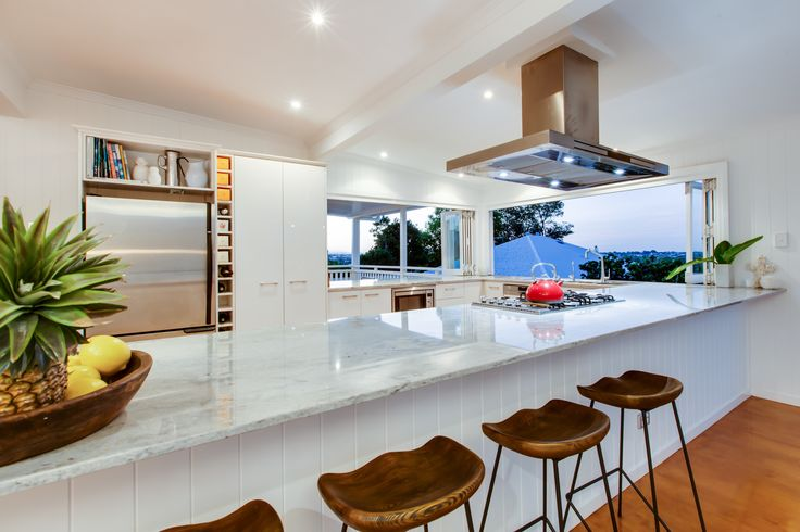 Now that's a QLD kitchen, letting the outdoors in. #QLDER #Synergy_BD #Openliving