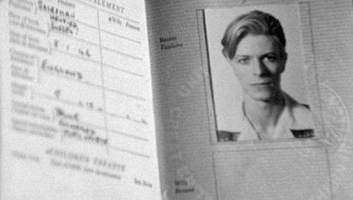 David Bowie não tem direito de olhar este bom em sua foto do passaporte - Us Vs Th3m
