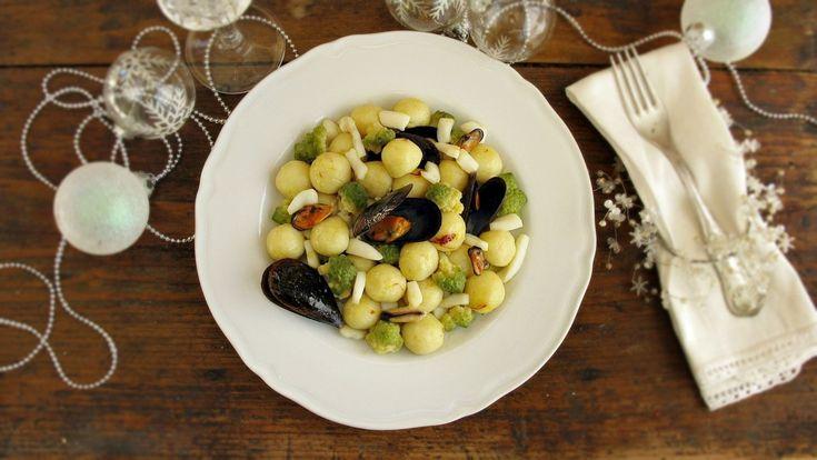 Gnocchetti allo zafferano con broccolo romano e frutti di mare 2