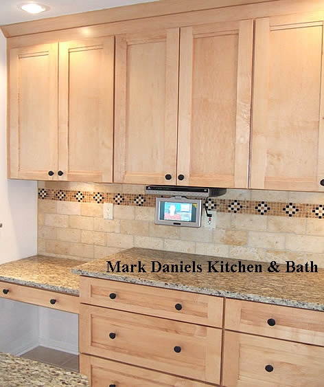 Kitchen Tile Backsplash Ideas With Maple Cabinets: 100 Best Images About Back Splash Ideas In Stone Or Tile