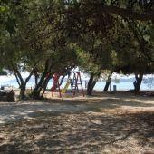 Perna - Tag med hele familien på campingferie til smukke Dalmatien i Kroatien. Med Dansk Bilferie får du de absolut billigste priser på mobilhomes og telte.