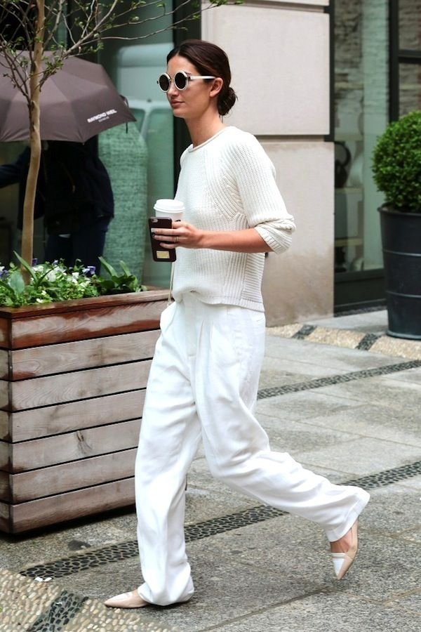 Lily Aldridge // round sunglasses, sweater, wide-leg pants & pointed toe shoes
