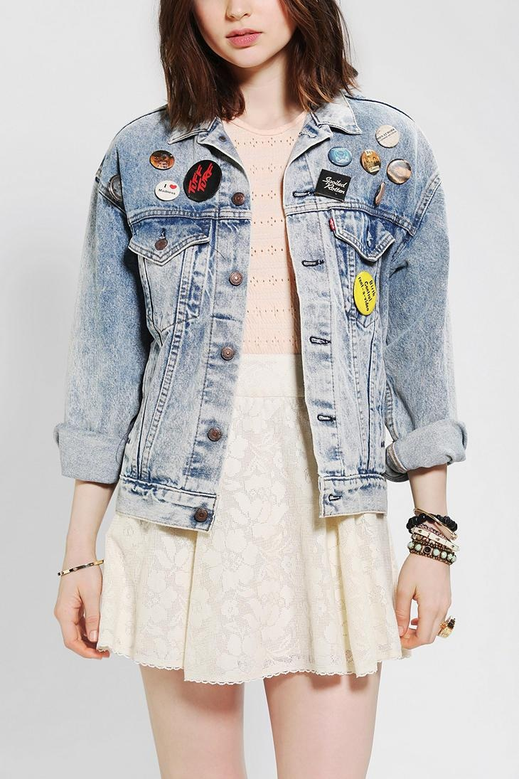 Urban Renewal Pinned Denim Jacket #urbanoutfitters... Loved my gap jacket like this in the early 90s: