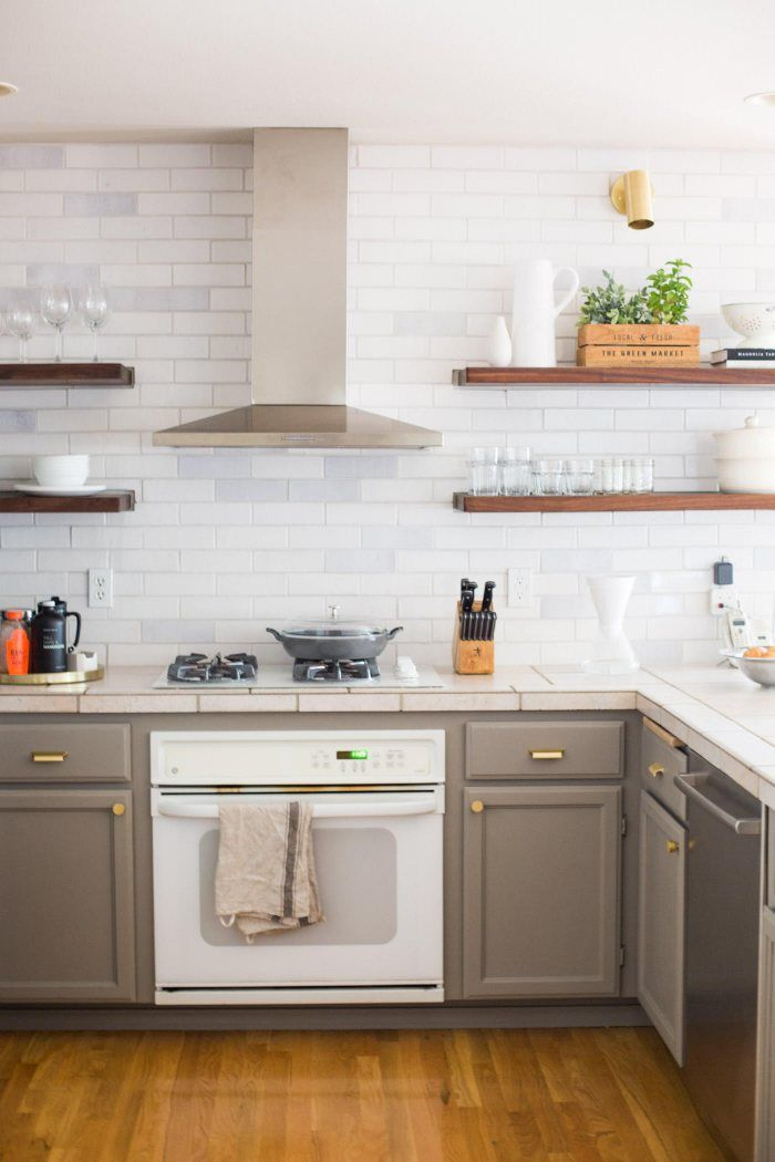Rustic White Brick Kitchen Backsplash Installation Gallery