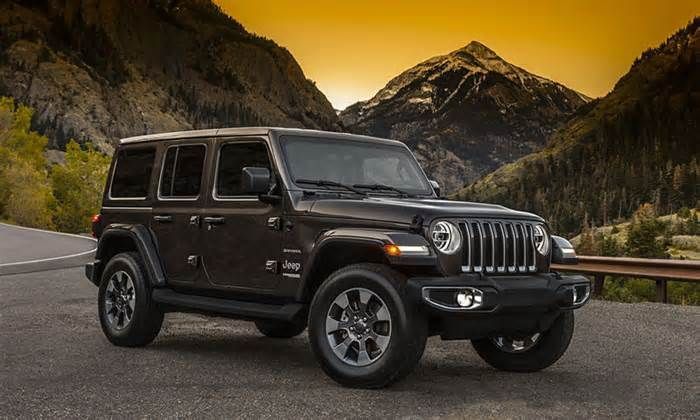 Modernized Adventure Vehicles top and windshield combinations that will be offered when the vehicle goes on sale. The 2018 Jeep Wrangler identifies the desire for off-road lifestyle vehicles that enable drivers to partake in short adventures on the weekend rather than require a second car.