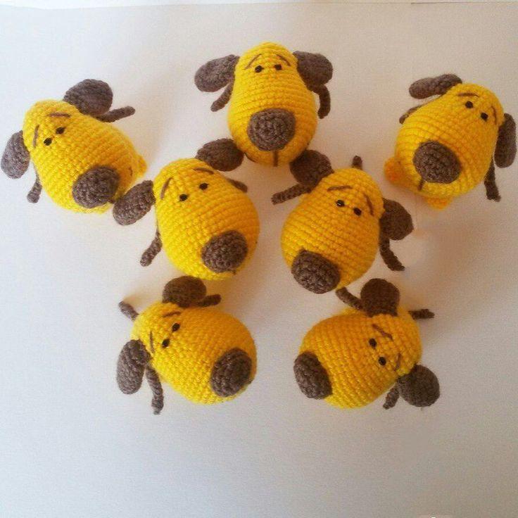 Желтая собачка амигуруми - подарок-сувенир к Новому 2017 году. Вяжется собачка легко и быстро. Автор схемы амигуруми - Юлия Ковалева.