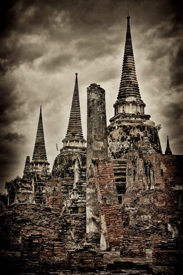 Ayutthaya, Thailand   Thailand Ruins by Eric Elberson
