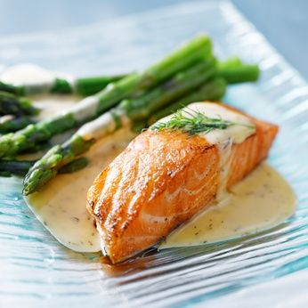 Salmon_with_Creamy_Dill_Sauce