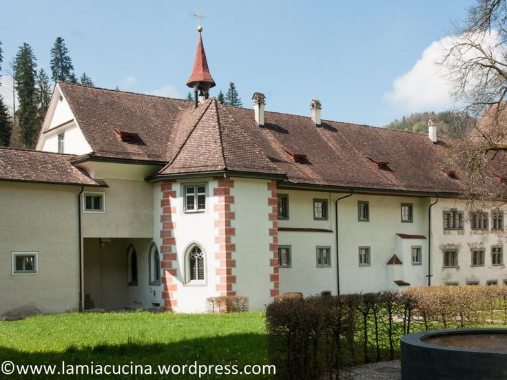 Ein Ausflug nach meinem Geschmack. Einfaches Mittagessen mit gutem Preis-Leistungsverhältnis im Engel in Sirnach, mitten im ländlichen Thurgau. Ein paar Kilometer südlich liegt die einzige Kloster-…